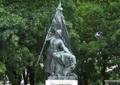 Sásd I.vh emlékmű 2007.08.04. küldő-Kályhás (1)