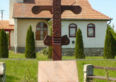 Sátoraljaújhely-Széphalom II.világháborús emlékmű 2012.05.20. küldő-Gombóc Arthur
