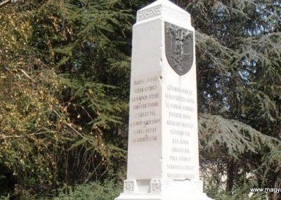 Sátorhely világháborús emlékmű 2012.07.15. küldő-Bagoly András (3)