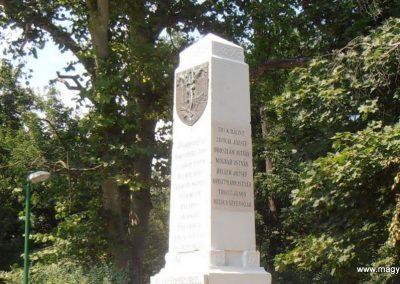 Sátorhely világháborús emlékmű 2012.07.15. küldő-Bagoly András (5)