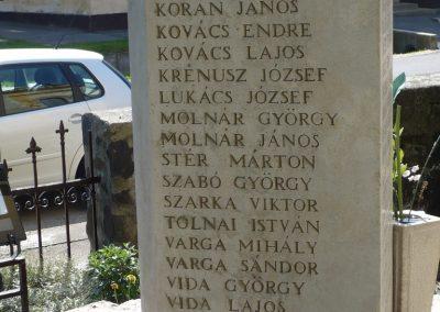 Sávoly világháborús emlékmű 2009.06.09.küldő-Sümec (2)