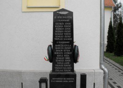 Sé világháborús emlékmű 2014.11.18. küldő-gyurkusz (5)