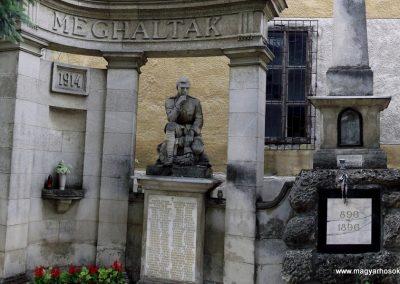 Sóskút I.világháborús emlékmű 2012.06.03. küldő-Ocsovai András (1)