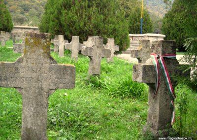 Sósmező A hősök temetője 2010.10.05. küldő-Tibisten (1)