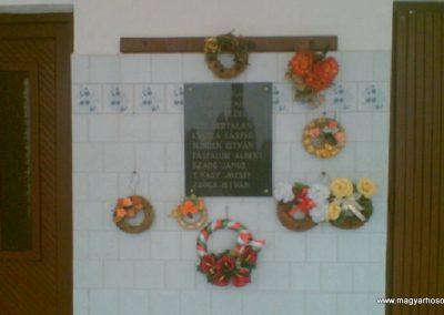 Sóstófalva II.vh emléktábla 2010.03.27. küldő-megtorlo