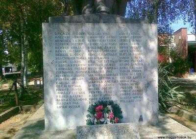 Sükösd világháborús emlékmű 2010.08.27. küldő-Csiszár Lehel (2)