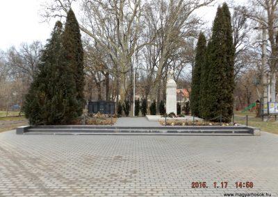 Sülysáp-Tápiósáp világháborús emlékmű 2015.01.17. küldő-kalyhas