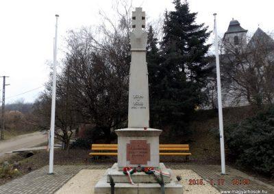 Sülysáp világháborús emlékmű 2015.01.17. küldő-kalyhas (1)