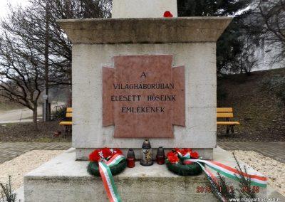 Sülysáp világháborús emlékmű 2015.01.17. küldő-kalyhas (2)