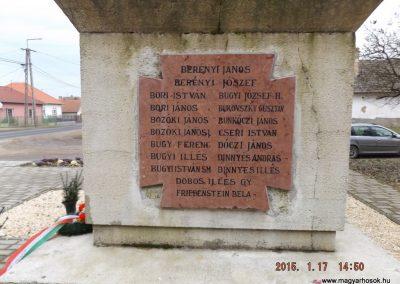 Sülysáp világháborús emlékmű 2015.01.17. küldő-kalyhas (4)
