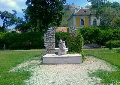 Sümeg II.vh emlékmű 2011.05.17. küldő-Csiszár Lehel (1)