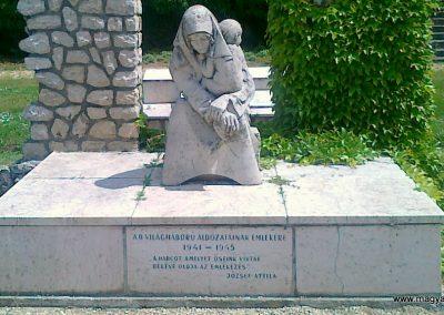 Sümeg II.vh emlékmű 2011.05.17. küldő-Csiszár Lehel (2)