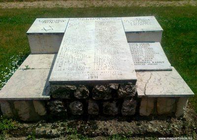 Sümeg II.vh emlékmű 2011.05.17. küldő-Csiszár Lehel (4)