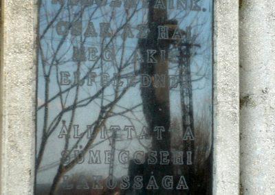 Sümegcsehi világháborús emlékmű 2013.04.14. küldő-Sümec (4)