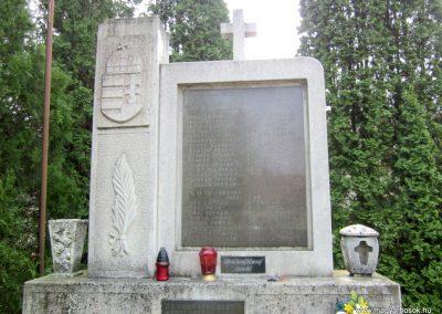 Sümegprága világháborús emlékmű 2014.04.13. küldő-Sümegi Andrea (3)