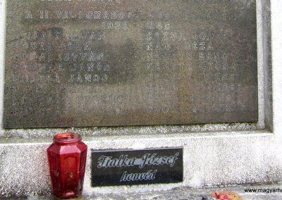 Sümegprága világháborús emlékmű 2014.04.13. küldő-Sümegi Andrea (6)