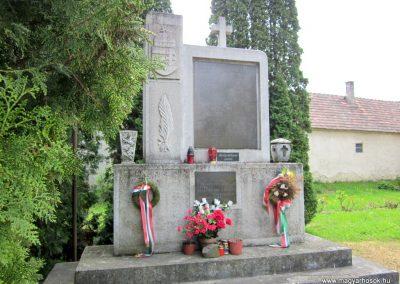 Sümegprága világháborús emlékmű 2014.04.13. küldő-Sümegi Andrea (8)