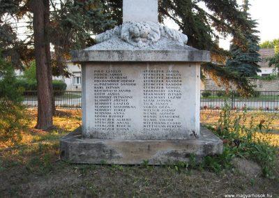 Süttő II.vh emlékmű 2008.07.05. küldő-Kályhás (3)