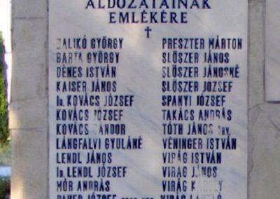 Sőréd II.világháborús emlékmű 2012.06.16. küldő-Méri (2)