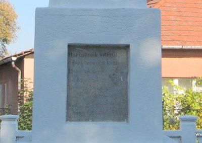 Sajóhidvég világháborús emlékmű 2007.09.24. küldő-Kályhás (7)