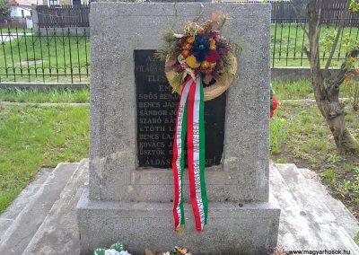 Sajókápolna világháborús emlékmű 2012.04.19. küldő-Pataki Tamás (3)