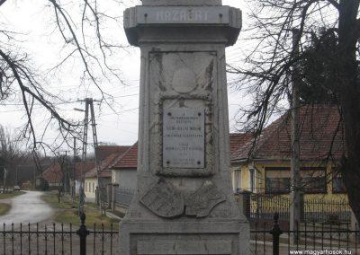 Sajókaza világháborús emlékmű 2008.03.02.küldő-Kályhás (1)