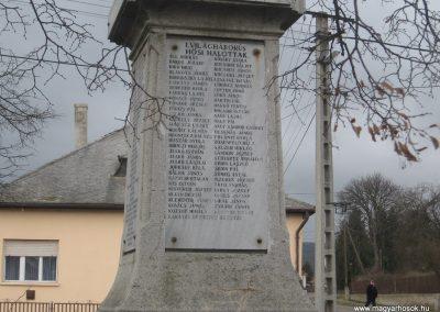 Sajókaza világháborús emlékmű 2008.03.02.küldő-Kályhás (2)