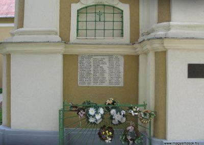 Sajólád világháborús emléktáblák 2008.04.21. küldő-Kályhás (1)