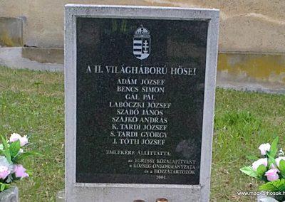 Sajólászlófalva II.világháborús emlékmű 2012.04.19. küldő-Pataki Tamás (1)