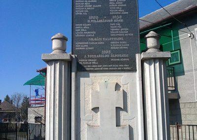 Sajónémeti világháborús emlékmű 2012.03.20. küldő-Pataki Tamás (1)