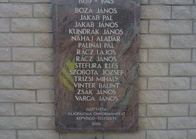 Sajópálfala világháborús emlékmű 2011.09.02. küldő-Pataki Tamás (3)