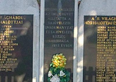 Sajóvelezd világháborús emlékmű 2011.10.16. küldő-Pataki Tamás (2)