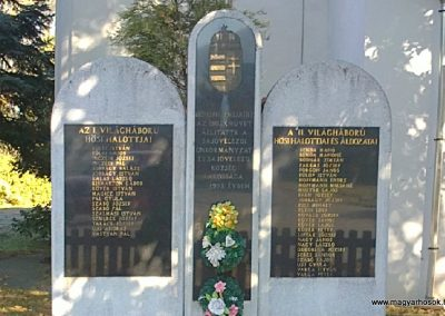 Sajóvelezd világháborús emlékmű 2011.10.16. küldő-Pataki Tamás (4)