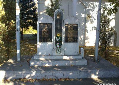 Sajóvelezd világháborús emlékmű 2011.10.16. küldő-Pataki Tamás