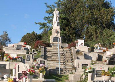 Salgótarján-Zagyvapálfalva világháborús emlékmű 2008.10.17. küldő-Kályhás