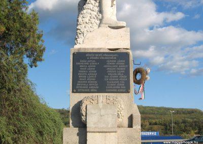 Salgótarján-Zagyvapálfalva világháborús emlékmű 2008.10.17. küldő-Kályhás (6)