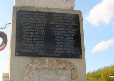 Salgótarján-Zagyvapálfalva világháborús emlékmű 2008.10.17. küldő-Kályhás (9)