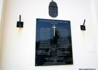 Salgótarján- Zagyvaróna II. világháborús emléktábla 2012.09.03. küldő-kalyhas (1)