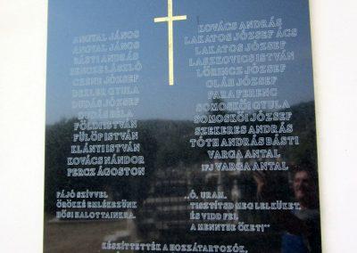 Salgótarján- Zagyvaróna II. világháborús emléktábla 2012.09.03. küldő-kalyhas (3)