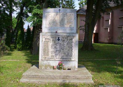 Salomvár-Keménfalu világháborús emlékmű 2007.06.03.küldő-HunMi