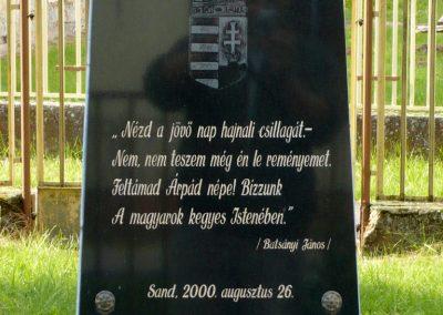Sand emlékmű 2013.05.26. küldő-Sümec (1)