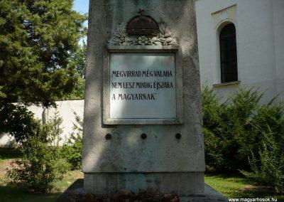Sarkad I.vh emlékmű 2009.07.27.küldő-Sümec (1)