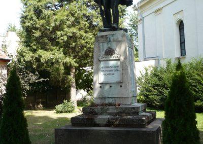 Sarkad I.vh emlékmű 2009.07.27.küldő-Sümec (5)