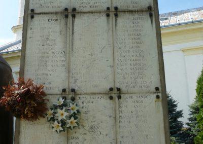 Sarkad II.vh emlékmű 2009.07.27.küldő-Sümec (6)
