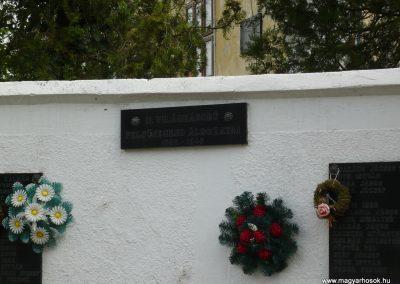 Segesd világháborús emlékmű 2009.04.21. küldő-Sümec (8)