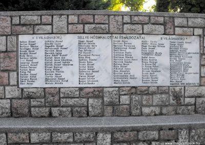 Sellye világháborús emlékmű 2012.08.01. küldő-KRySZ (4)