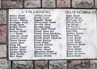 Sellye világháborús emlékmű 2012.08.01. küldő-KRySZ (5)