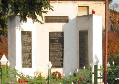 Selyeb világháborús emlékmű 2011.11.01. küldő-Gulyás László (1)