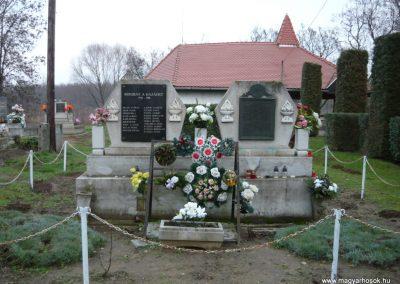 Semjén világháborús emlékmű 2009.12.08. küldő-Ágca (5)