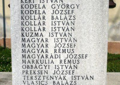 Semjénháza világháborús emlékmű 2010.07.14. küldő-Sümec (5)